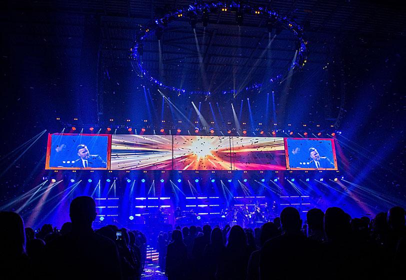 Gary-Barlow_2. Multi award-winning lighting designer ... & Spotlight on Audio Lighting Video and Stage for Entertainment | Page 5